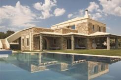 Nydelig villa med basseng.