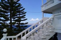 Nydelig villa med utleieleiligheter, kan gjøres om til privatbolig.