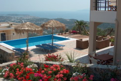 Villa med EOT-lisens i Agios Nikolaos.