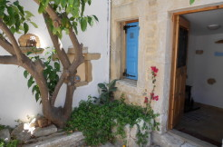 Vakkert renovert landsbyhus Vori utenfor Makrygialos.