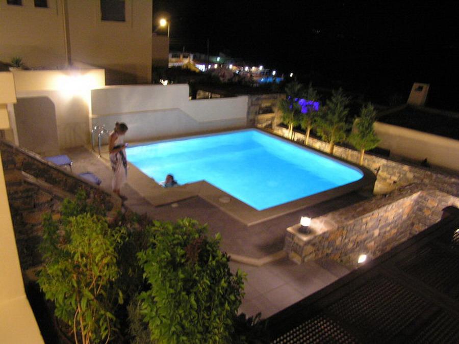 Villa i Istro med oppvarmet basseng og nydelig sjøutsikt.