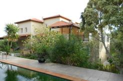 Stor flott villa med basseng nær Agios Nikolaos.