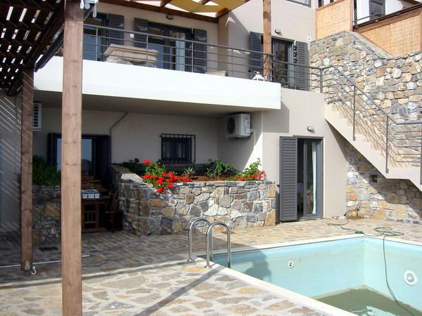 Villa med panoramautsikt i Elounda.