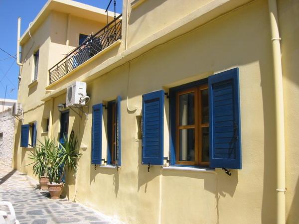 Hus i landsbyen Istro med tre soverom og takterrasse.