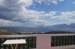 Stor villa med panoramautsikt og tomt på over 12.000m2 hvorav deler kan skilles ut og selges/bebygges.