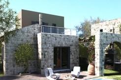 Snart ferdigstilt: Villa i Loutra ved Rethymnon med to soverom, eget basseng og sjøutsikt.