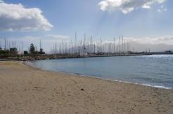 Leilighet inkl. studioleilighet sentralt i Agios Nikolaos 100 meter fra stranden.