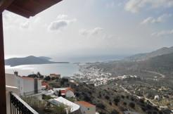 Villa med fantastisk utsikt, 4 soverom og basseng.